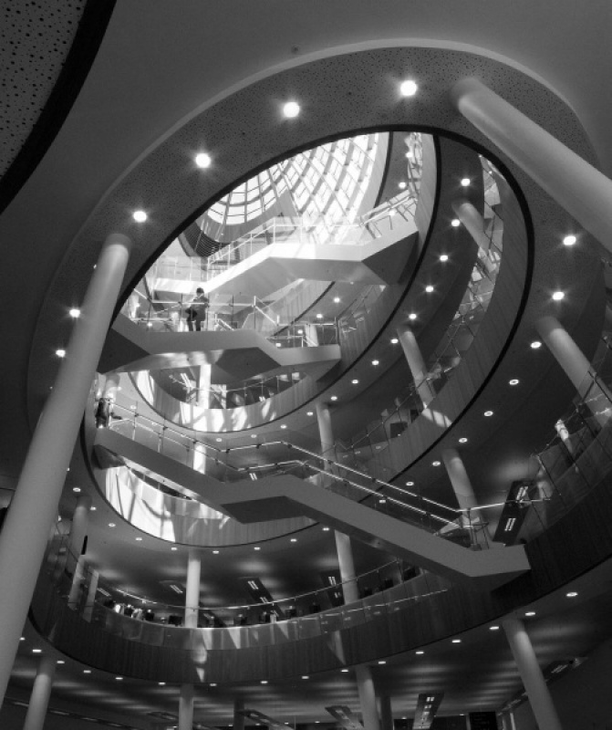 CENTRAL LIBRARY LIVERPOOL by Lynne McPeake