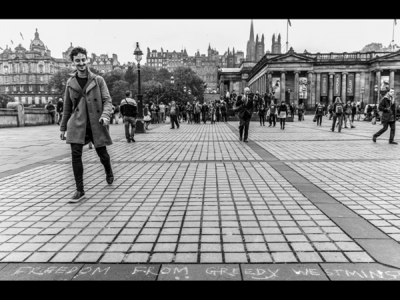 REFERENDUM DAY IN EDINBURGH by Dick Bateman