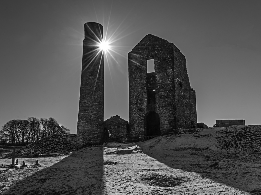 MAGPIE MINE by Dick Bateman