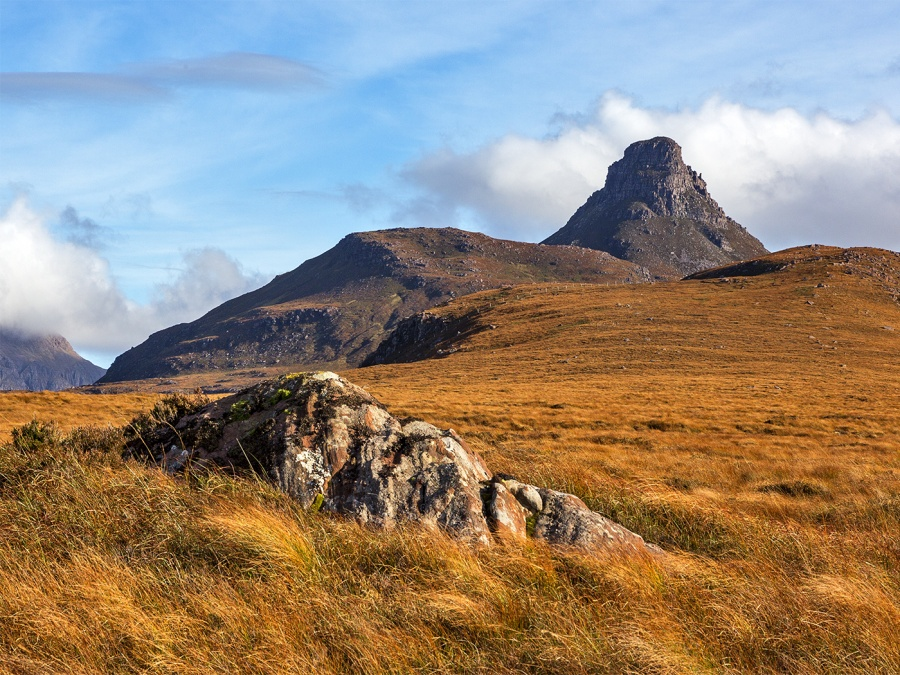 WESTERN SIDE OF STAC POLLY by Keith Gordon