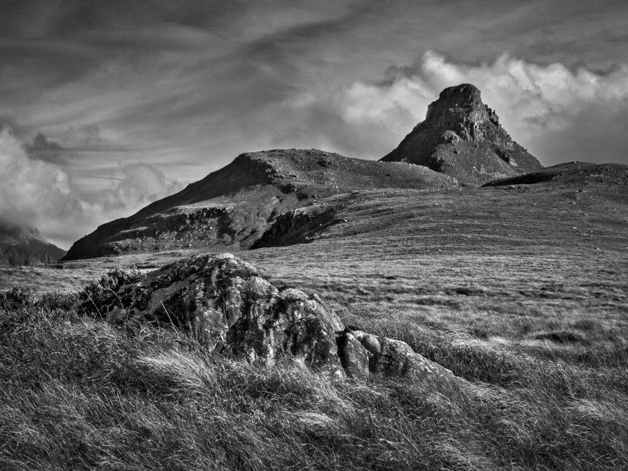STAC POLLY FROM THE WEST by Keith Gordon