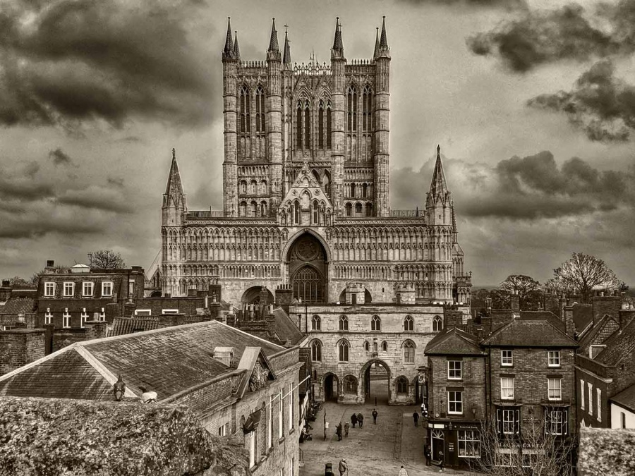 LINCOLN CATHEDRAL by Caroline Claye