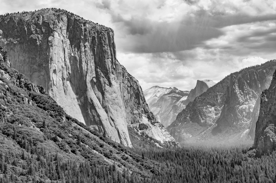 TUNNEL VIEW YOSEMITE 2 by Chris Evans