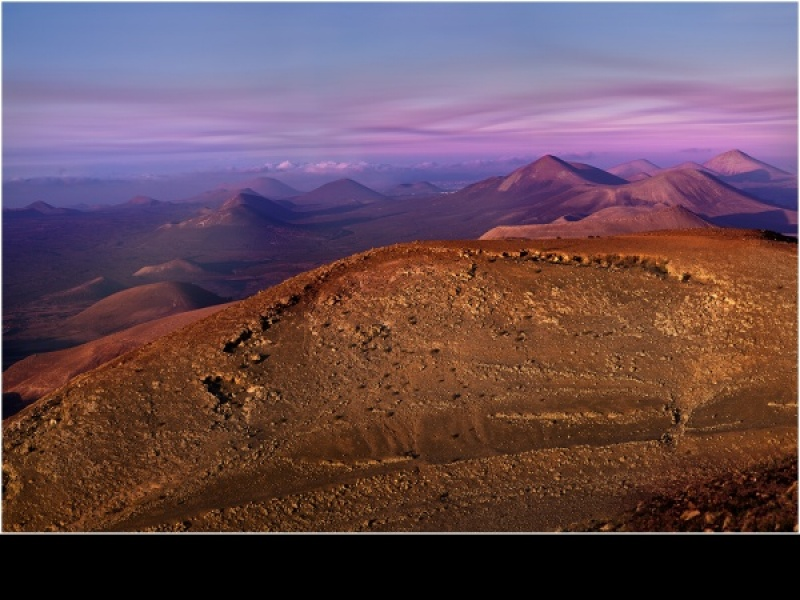 Volcano Alley, Lanzarote by Phil Thompson