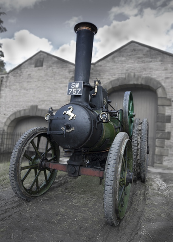 TRACTION ENGINE by James Chapman